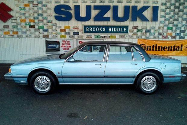 Autotrader Find: 10,000-Mile 1989 Oldsmobile 88 featured image large thumb0