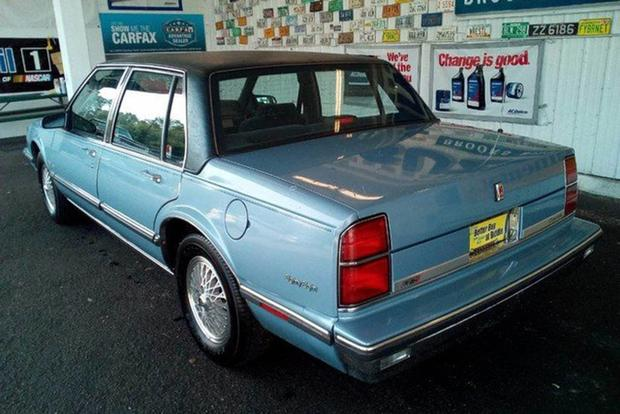 Autotrader Find: 10,000-Mile 1989 Oldsmobile 88 featured image large thumb4