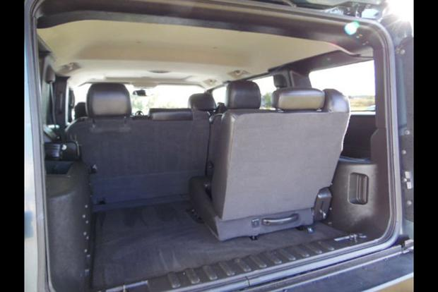 The Hummer H2 Had The Most Ridiculous Third Row Seat Ever