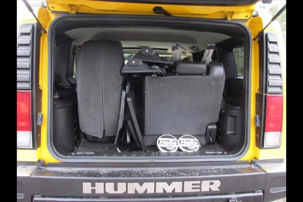 The Hummer H2 Had the Most Ridiculous Third Row Seat Ever featured image large thumb1