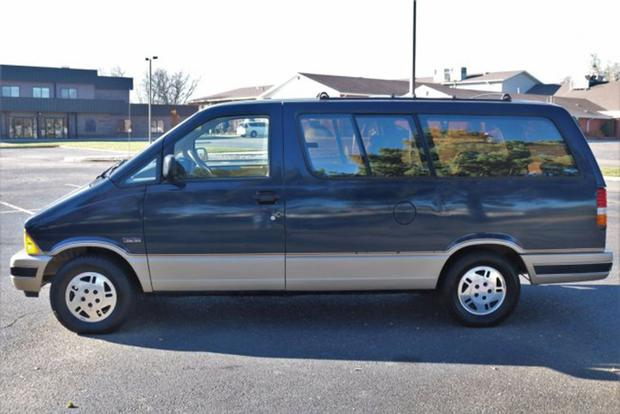 Autotrader Find: 1991 Ford Aerostar Time Capsule featured image large thumb1