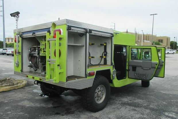 Autotrader Find: Hummer H1 Fire Truck featured image large thumb1