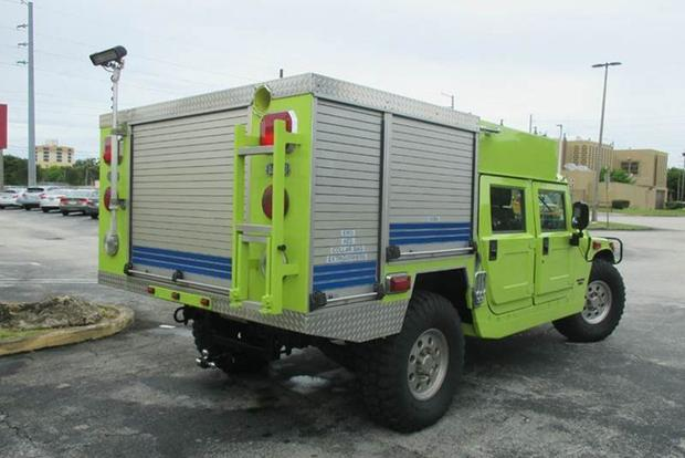 Autotrader Find: Hummer H1 Fire Truck featured image large thumb2