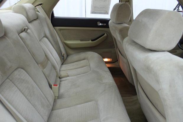 Autotrader Find: Perfectly Pristine 1991 Acura Legend Sedan featured image large thumb3