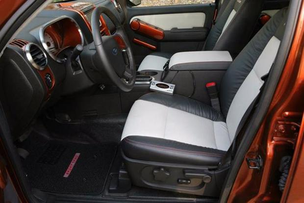 Autotrader Find: 2007 Ford Explorer Sport Trac SEMA Show Car featured image large thumb2