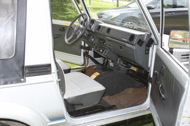 Autotrader Find: 1988 Suzuki Samurai With 23,000 Miles featured image large thumb3