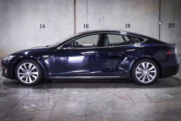 Here's the Highest-Mileage Tesla Model S For Sale on Autotrader featured image large thumb1