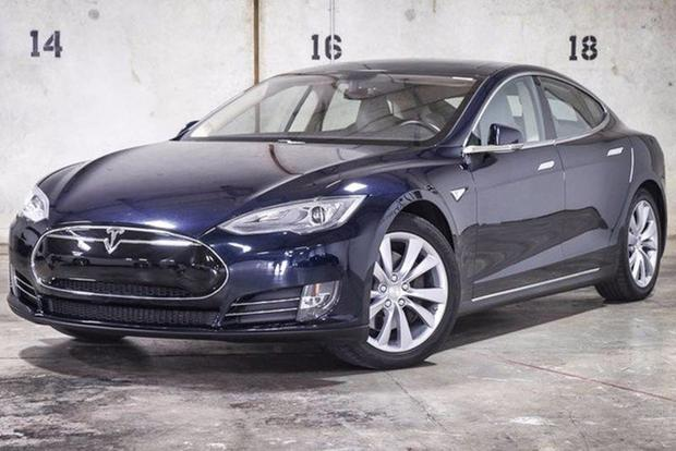 Here's the Highest-Mileage Tesla Model S For Sale on Autotrader featured image large thumb0