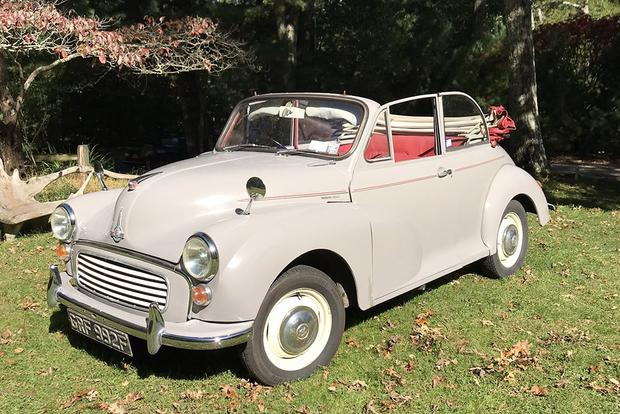 "Meet the Morris Minor: The ""People's Car"" of England featured image large thumb0"