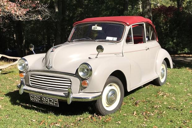 "Meet the Morris Minor: The ""People's Car"" of England featured image large thumb2"