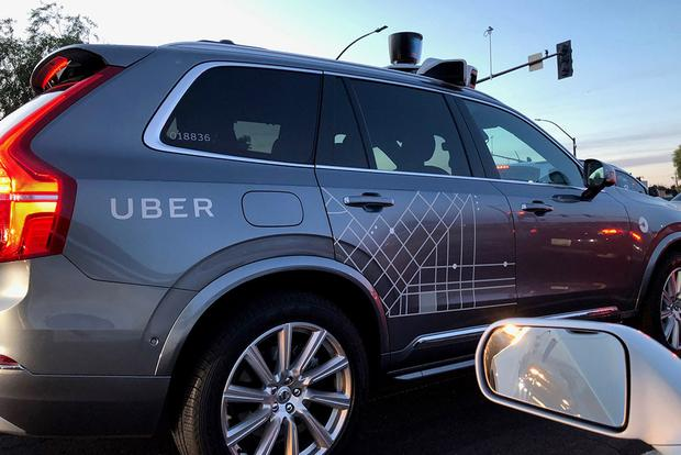 These Self-Driving Uber Volvo SUVs Are All Over Phoenix featured image large thumb2