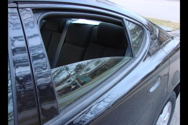 How Come Rear Windows Don't Roll All the Way Down? featured image large thumb1