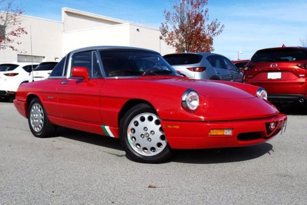 Autotrader Find: Perfect 1991 Alfa Romeo Spider With 32,000 Miles featured image large thumb0