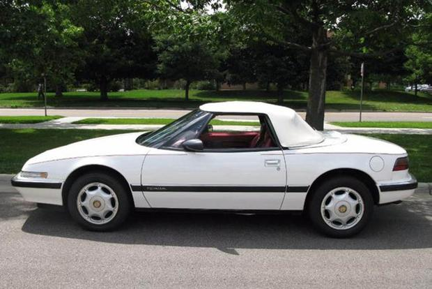 Autotrader Find: Mint-Condition, Low-Mileage 1991 Buick Reatta featured image large thumb1