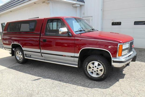 Autotrader Find: Mint 1990 GMC Sierra With Just 32,000 Miles featured image large thumb0