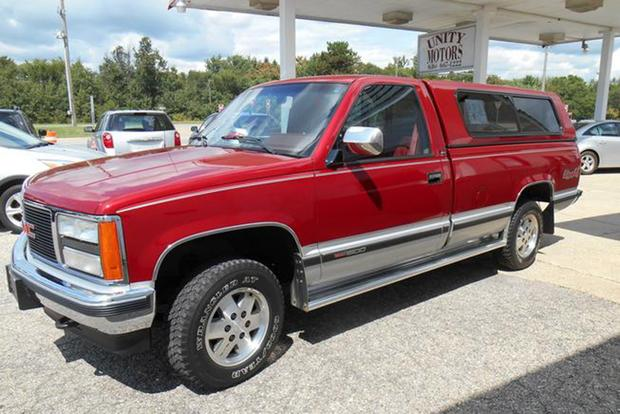 Autotrader Find: Mint 1990 GMC Sierra With Just 32,000 Miles featured image large thumb1