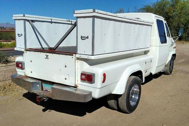 Autotrader Find: 1985 GMC Van-Truck Mashup featured image large thumb1