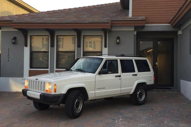 Here Are the Best-Preserved 1990s SUVs For Sale on Autotrader featured image large thumb0