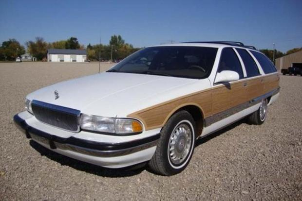 Autotrader Find: Mint 1995 Buick Roadmaster Estate Wagon featured image large thumb1