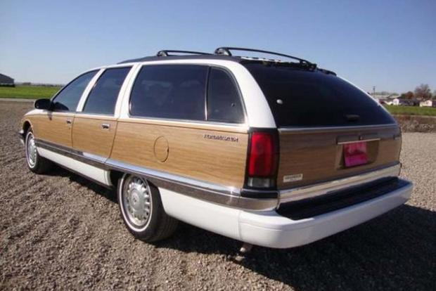 Autotrader Find: Mint 1995 Buick Roadmaster Estate Wagon featured image large thumb2