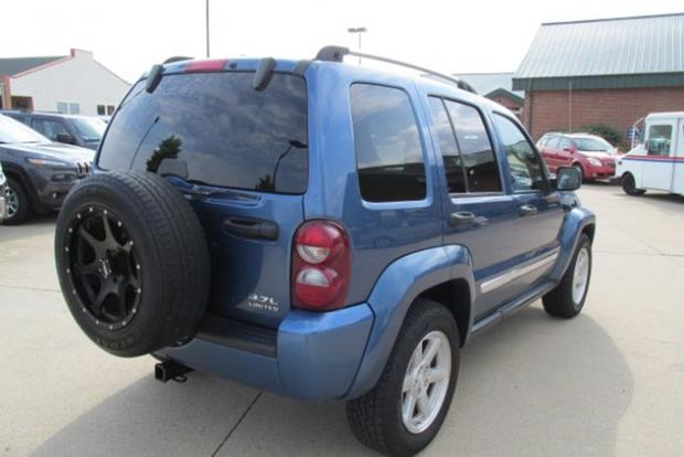 Autotrader Find: Right-Hand Drive 2006 Jeep Liberty featured image large thumb2
