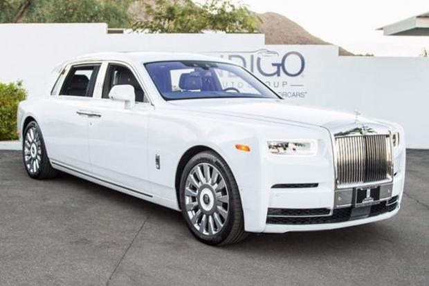 Autotrader Find: 2018 Rolls-Royce Phantom for $613,250 featured image large thumb0