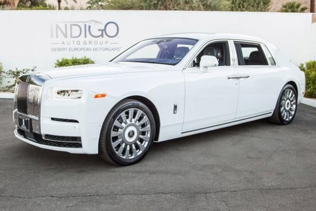 Autotrader Find: 2018 Rolls-Royce Phantom for $613,250 featured image large thumb1