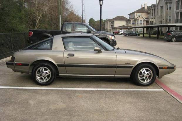Autotrader Find: 1985 Mazda RX-7 With 395,000 Miles featured image large thumb0