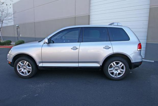 Autotrader Find: Volkswagen Touareg V10 TDI for Under $10,000 featured image large thumb0