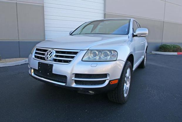 Autotrader Find: Volkswagen Touareg V10 TDI for Under $10,000 featured image large thumb2