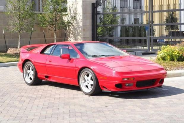 Autotrader Find: One-Owner 1997 Lotus Esprit V8 featured image large thumb0