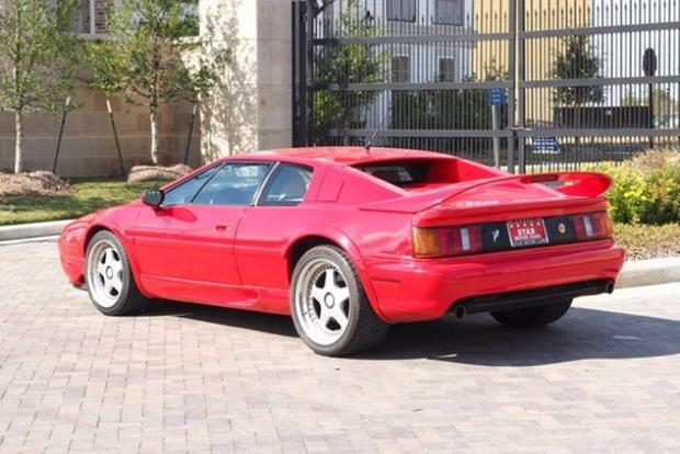 Autotrader Find: One-Owner 1997 Lotus Esprit V8 featured image large thumb1