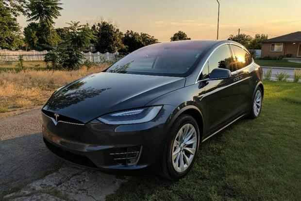 Autotrader Find: 2016 Tesla Model X With 62,000 Miles featured image large thumb1