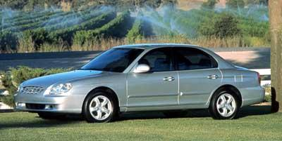 1999 Hyundai Sonata featured image large thumb0