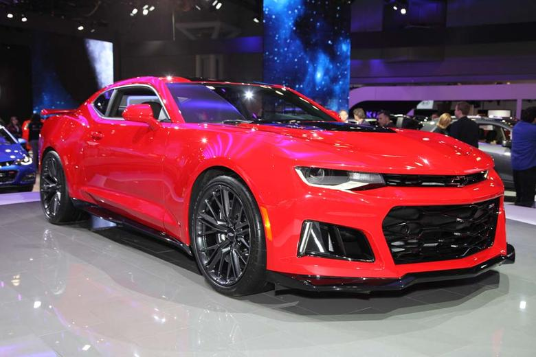 2017 Chevrolet Camaro Zl1 New York Auto Show Video
