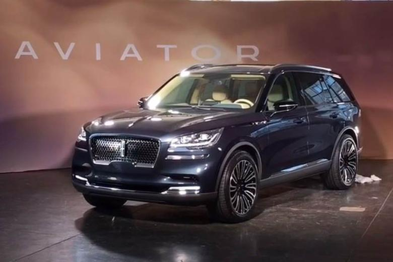 Video 2019 Lincoln Aviator First Look Autotrader