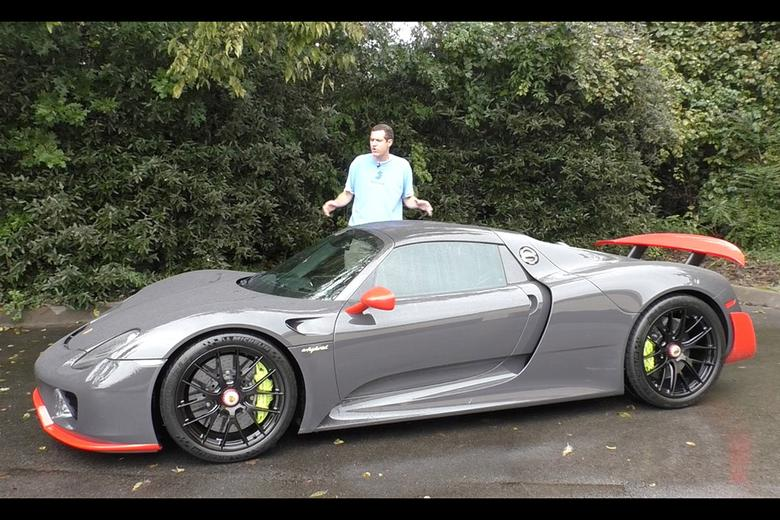 Here S What It S Like To Drive A 1 7 Million Porsche 918