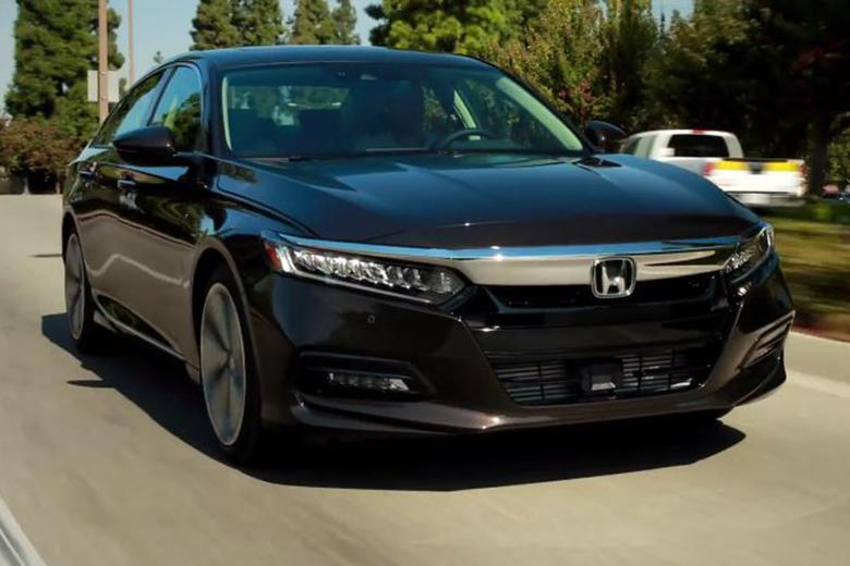 Honda Accord First Look Video Autotrader - Accord vehicle