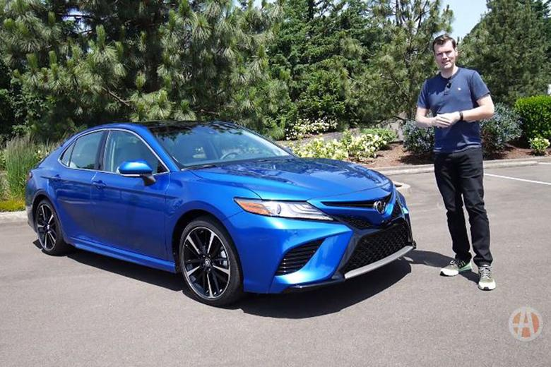2018 toyota camry first drive review video autotrader. Black Bedroom Furniture Sets. Home Design Ideas